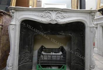 Камин антикварный мраморный (каминный портал) Villa Nuova B048239