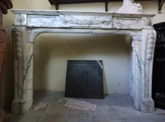 Камин антикварный мраморный (каминный портал) Villa Nuova B038867