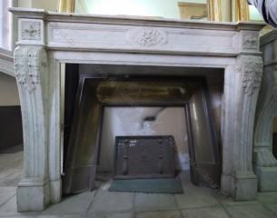 Камин антикварный мраморный (каминный портал) Villa Nuova B034464