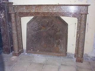 Камин антикварный мраморный (каминный портал) Villa Nuova B004499