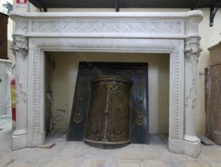Камин антикварный мраморный (каминный портал) Villa Nuova B026614