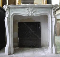 Камин антикварный мраморный (каминный портал) Villa Nuova B041063