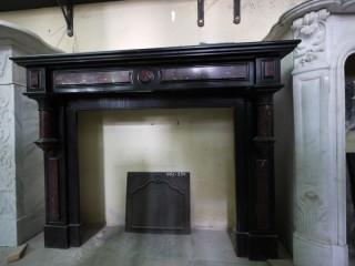 Камин антикварный мраморный (каминный портал) Villa Nuova B021236