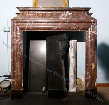 Камин антикварный мраморный (каминный портал) Villa Nuova B045568