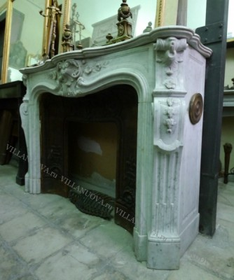 Камин антикварный мраморный (каминный портал) Villa Nuova B044274