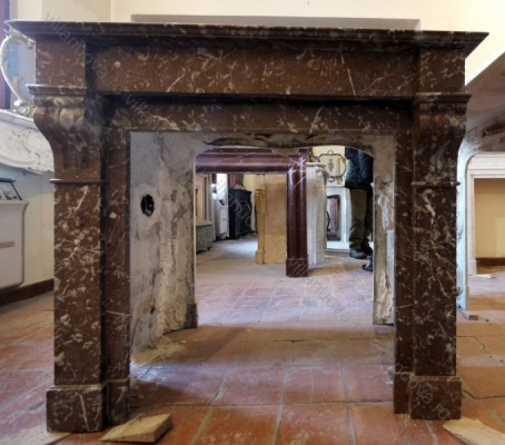 Камин антикварный мраморный (каминный портал) Villa Nuova B022360