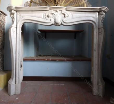 Камин антикварный мраморный (каминный портал) Villa Nuova B031284
