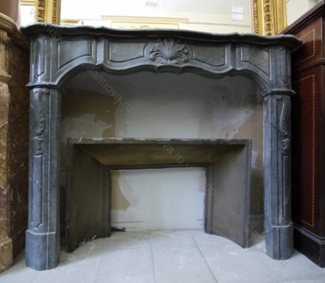 Камин антикварный мраморный (каминный портал) Villa Nuova B025302
