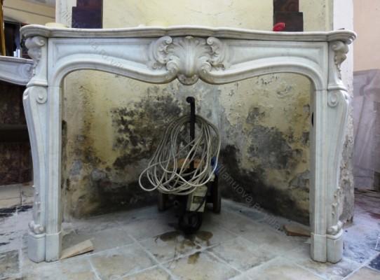 Камин антикварный мраморный (каминный портал) Villa Nuova B039056