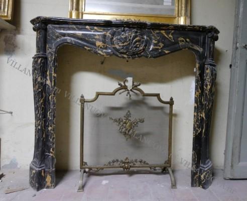 Камин антикварный мраморный (каминный портал) Villa Nuova B037726